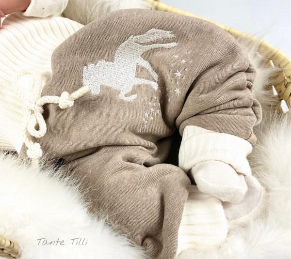 Baggypants Gr. 74 in beige mit gesticktem Sternentölter - mitwachsend