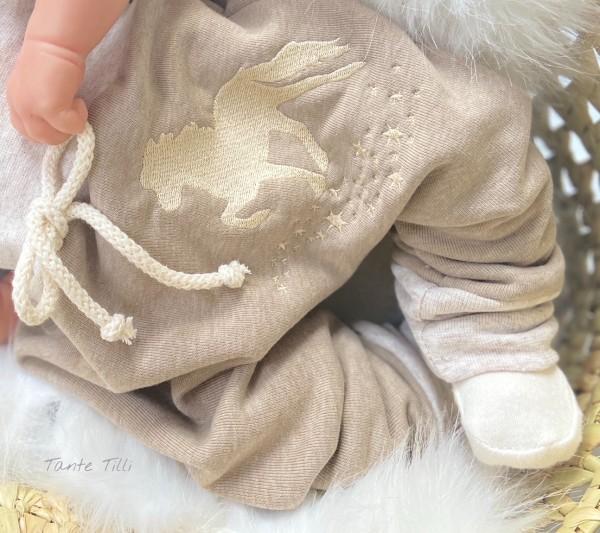 Baggypants beige mit beige farbenem Bündchen Gr. 68 / Sternentölter