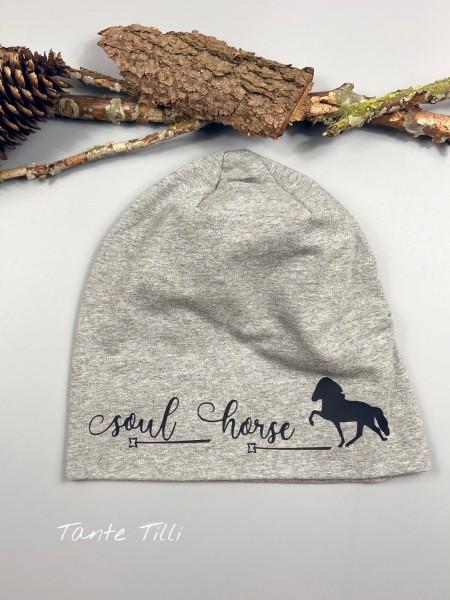 Mütze Einheitsgröße in grau meliert mit Soul Horse